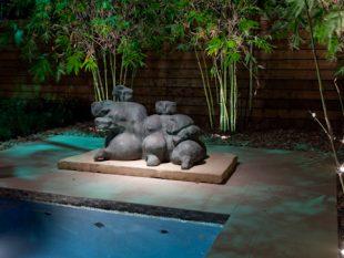 Outdoor Sculpture Lighting